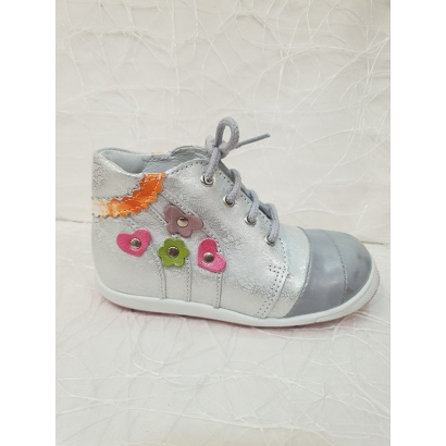 Chaussure à lacets argent...