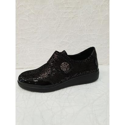 Chaussure velcro...