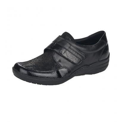 Chaussure un velcro...
