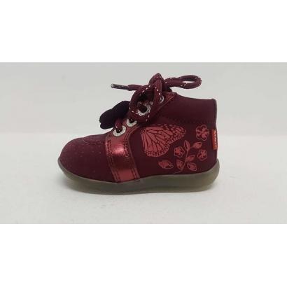 Chaussure à lacets papillon...