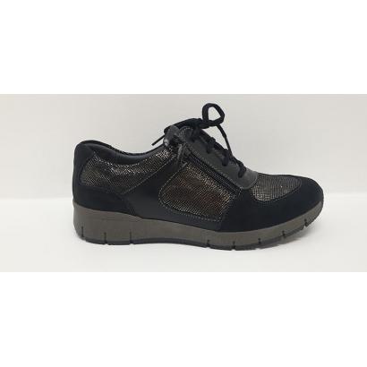 Chaussure à lacets sport...