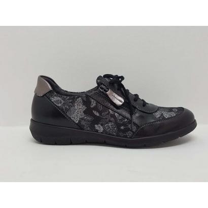 Chaussure à lacets imprimée...
