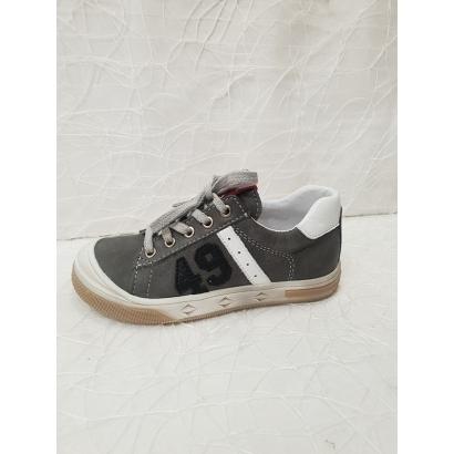 Chaussure à lacets grise 49...